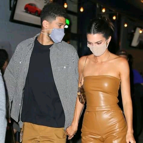 DEVIN BOOKER HAS BOOZY LUNCH WITH KENDALL JENNER... After Romantic Lake Trip