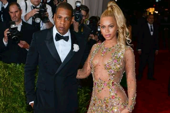 Beyonce and Jay-Z pledge 2m for scholarships