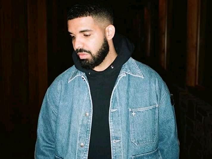 Drake Invests In Dave's Hot Chicken Restaurant Chain