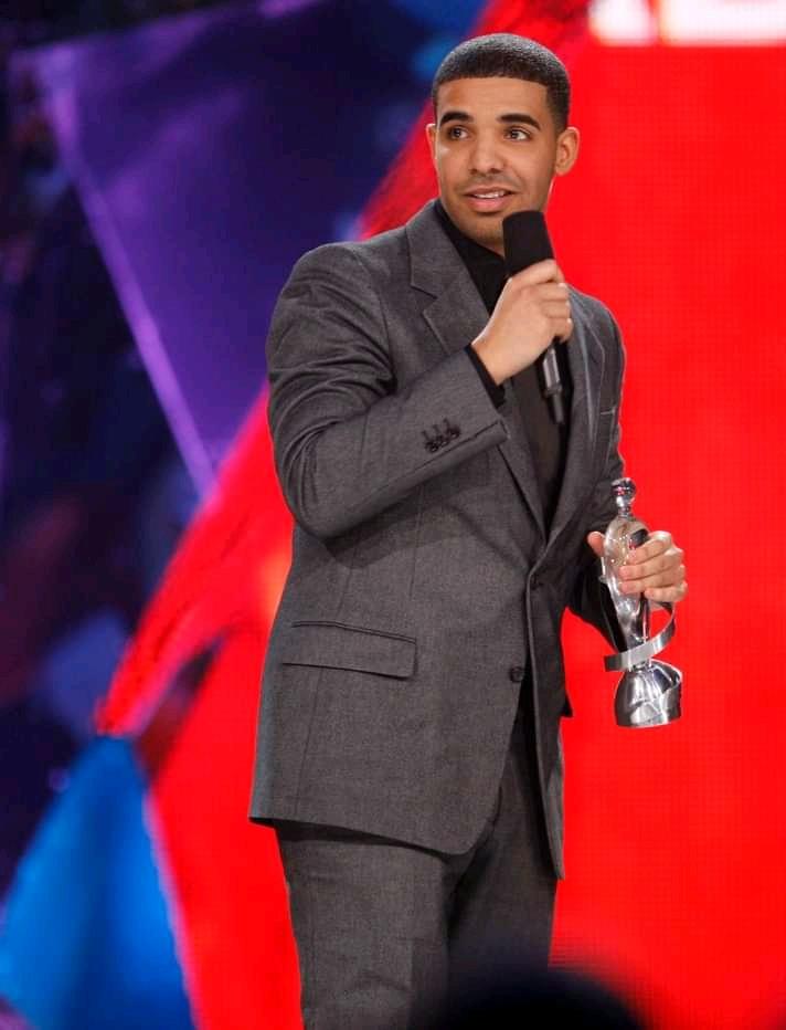 Drake Reveals Alternate 'Certified Lover Boy' Cover