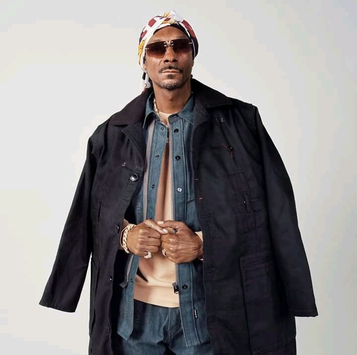 Snoop Dogg hails Prince Harry, Meghan Markle's will to 'live life their way'